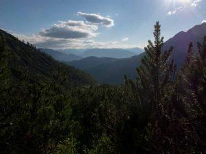 Bertgenhuette blick nach Hintertahl 300x225 - Bertgenhütte 1846hm - Hochseiler - Berchtesgadener Alpen