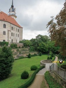Rosengarten Renaissance garden in Torgau with Hartenfels Castle 225x300 - Torgau city trip attractions