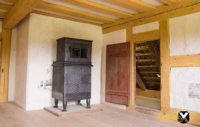 Freilandmuseum Bad Windsheim Original getreue widerherstellung der häuser 700x445 - Trist,dunkel und langweilig!