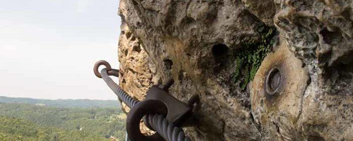 Höhenglücksteig Via Ferrata Klettersteig in der Fränksichen Schweiz Teil 1 teil 2 Teil 3 Schwierigkeit 15 696x279 - Höhenglücksteig in der Fränksichen Schweiz-Klettersteig-Via Ferrata