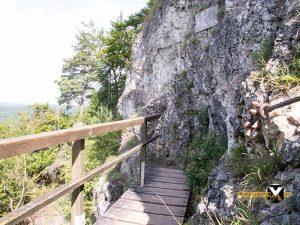 Höhenglücksteig Via Ferrata Klettersteig in der Fränksichen Schweiz Teil 1 teil 2 Teil 3 Schwierigkeit 13 300x225 - Höhenglücksteig in der Fränksichen Schweiz-Klettersteig-Via Ferrata