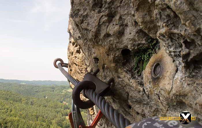 Höhenglücksteig Via Ferrata Klettersteig in der Fränksichen Schweiz Teil 1 teil 2 Teil 3 Schwierigkeit 15 700x445 - Höhenglücksteig in der Fränksichen Schweiz-Klettersteig-Via Ferrata