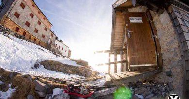 Watzmann Winter Tour Winterraum Watzmannhaus Winterquartier Hütte 390x205 - Watzmann - Watzmannhaus Wintertour