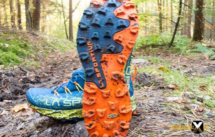 La Sportiva Tempesta Goretex Trailrunning Mudrunner Mountain runner shoe Review 2 700x445 - La Sportiva Tempesta GTX- Trail Running Schuh Review u Test