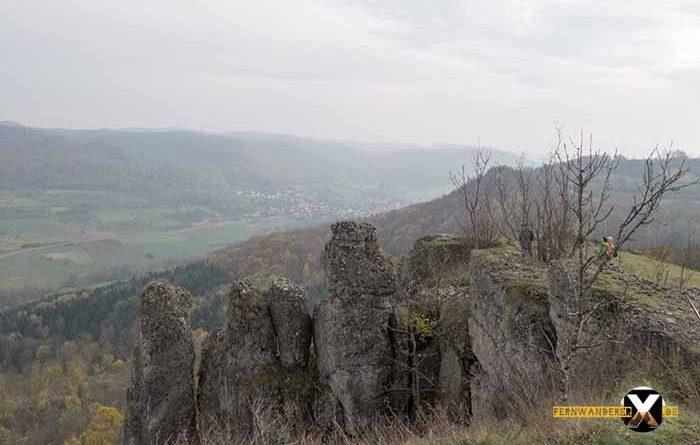 Wandern am Walberla und Rodenstein Fernwanderer X de  5 700x445 - Walberla Wanderung - Das Tor zur Fränkischen Schweiz