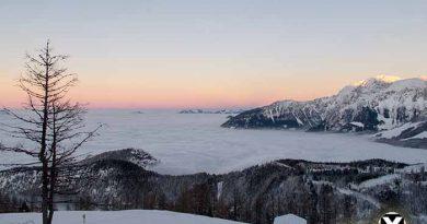 Watzmanhaus Schneeschuhtour Berchtesgardener Alpen 1 390x205 - Schneegate! Was ist jetzt mit diesem Schnee in den Alpen?!