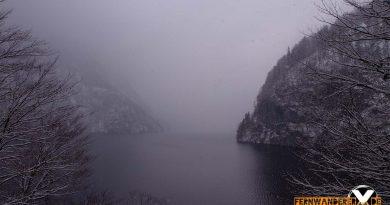 ausblick koenigssee view at koenigsee schoenau wandern 2 390x205 - Der Königssee - Wanderung am Königssee