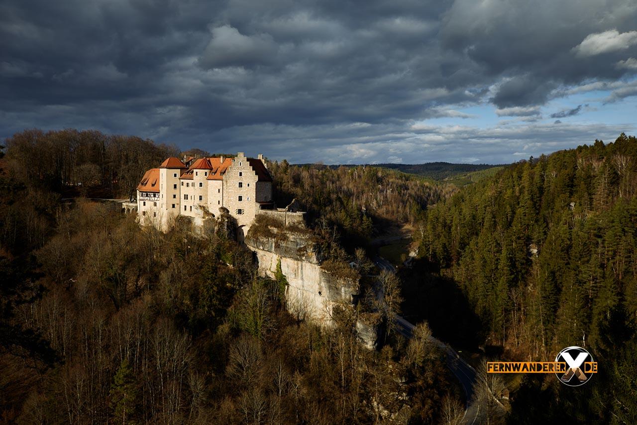 Burg Rabenstein-Ailsbachtal-wandern-wanderweg-höhlenweg-aussichtspunkt